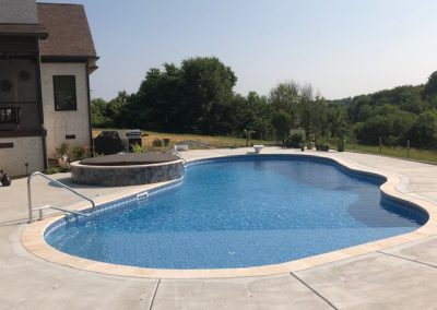 Custom Outdoor Pool and Hardscape